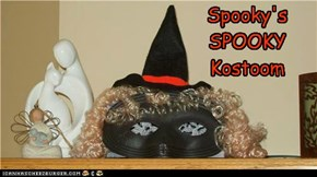 even sweet SPOOKY has a kostoom !