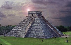 Chichen Itza Aztec Temple