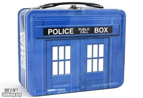 TARDIS Lunch Box WIN