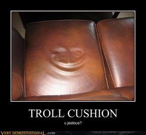 TROLL CUSHION