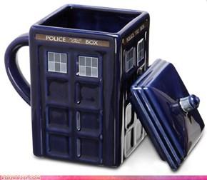 TARDIS Mug: WANT!