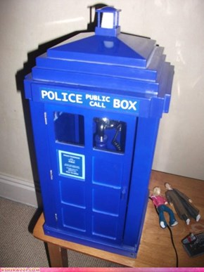 TARDIS Phone: WANT!