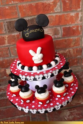 Epicute: Mickey Mouse Birthday Cake