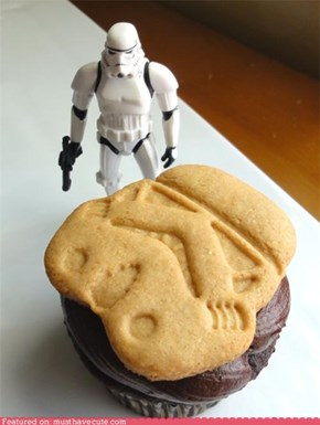 Epicute: Stormtrooper Cookie Cupcake