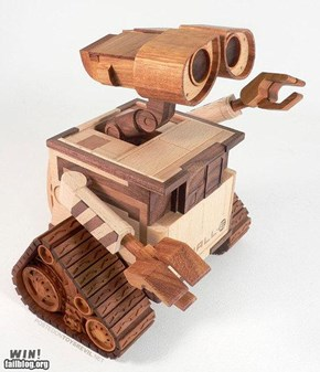 Wooden Wall-E  WIN