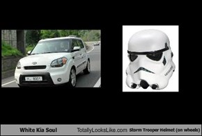 White Kia Soul Totally Looks Like Storm Trooper Helmet (On Wheels)