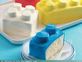 Cake of the Day: Lego!