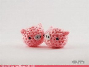 Knitted Piggies