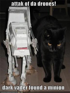 attak of da drones!  dark vader found a minion