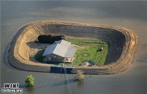 Man Builds 30 Foot Levee and saves house from flooding!