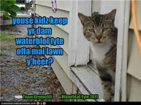 party pooper kitteh