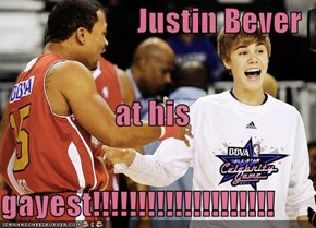 Justin Bever at his gayest!!!!!!!!!!!!!!!!!!!!