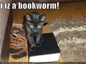 i iz a bookworm!