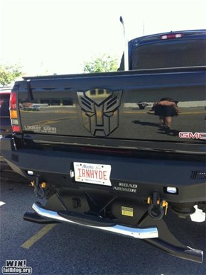 License LOLs: Autobots WIN