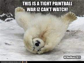 THIS IS A TIGHT PAINTBALL  WAR IZ CAN'T WATCH!