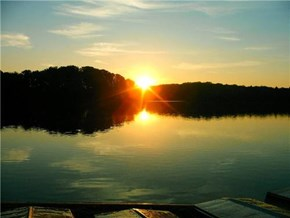 Sunrise over Pickerel Point, Promised Land State Park, Pennsylvania