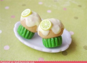 Lemon cupcake post earrings