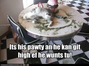 He wunts!