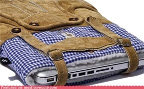 Lederhosen NetBook Sleeve