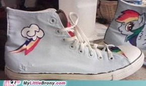 Rainbow Dash Chucks FTW