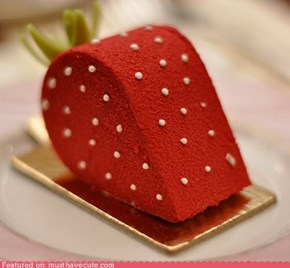 Epicute: Strawberry Cake