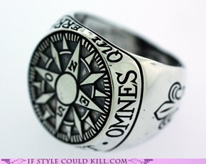 Ring of the Day: Omnes Qui Errant Non Pereunt