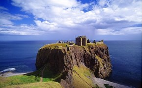 Wallpaper of the Day: Dunnottar Castle, Stonehaven, Aberdeenshire, Scotland