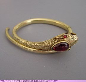 Ring of the Day: Not Even Trying