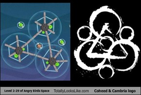 Level 2-29 of Angry Birds Space Totally Looks Like Coheed & Cambria Logo