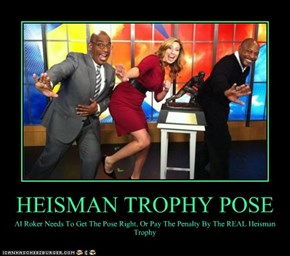 HEISMAN TROPHY POSE