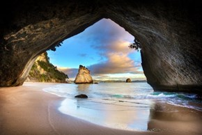 Cathedral Cove Sea Cave, Coromandel, New Zealand
